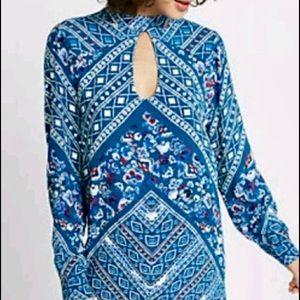 NWT blue patterned long sleeves mini dress-M